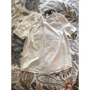 Lace Sleeve Shirt 🌼